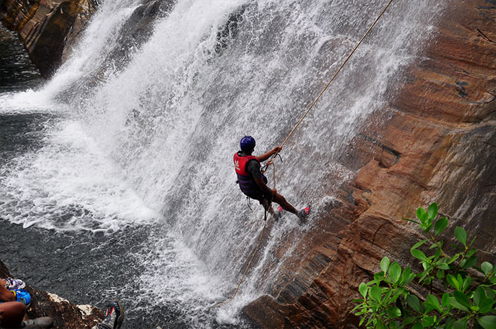 waterfall-abseiling-sri-lanka